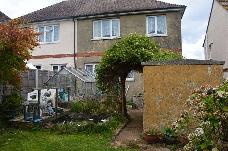 2 Bedrooms Semi Detached House for sale in Longmead Road, Ryde