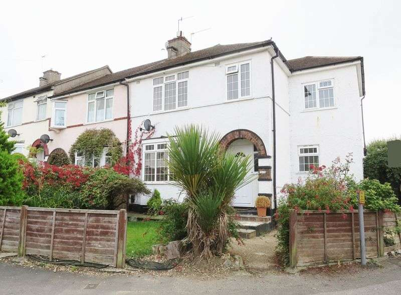 4 Bedrooms Terraced House for sale in Prince Albert Square, Salfords, REDHILL