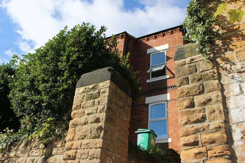 7 Bedrooms Terraced House for rent in Portland Road, Arboretum, Nottingham