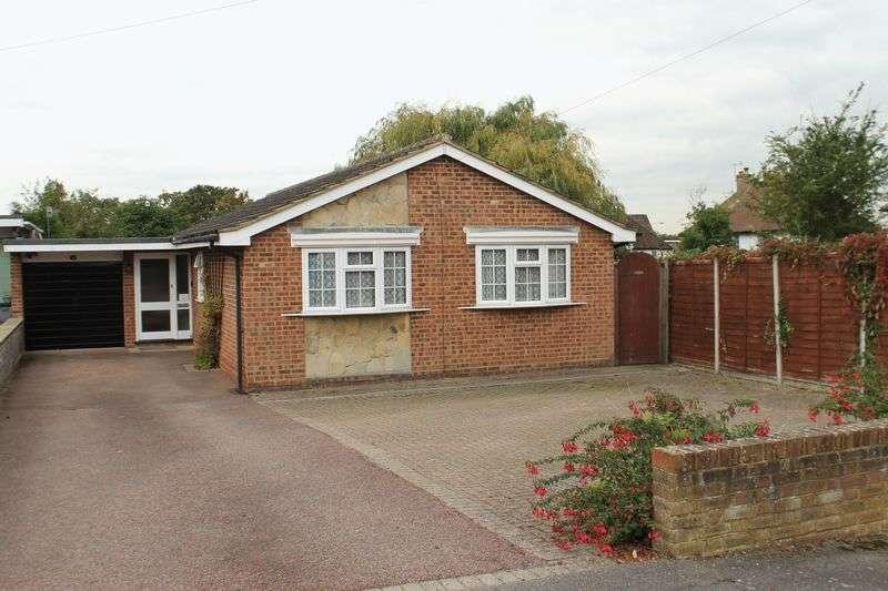 3 Bedrooms Detached Bungalow for sale in Burpham