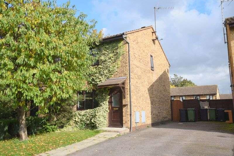 2 Bedrooms Semi Detached House for sale in Half Moon Meadow, Hemel Hempstead