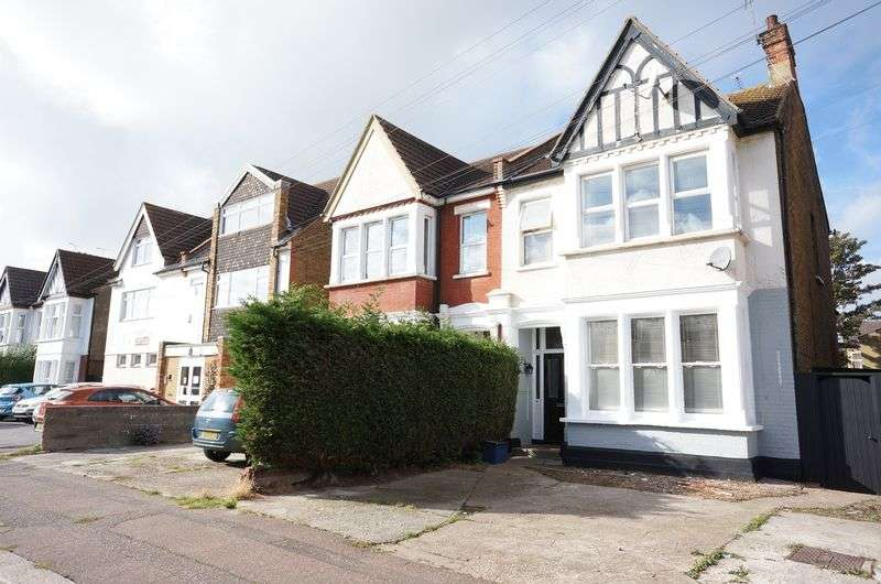 2 Bedrooms Flat for sale in Ceylon Road, Westcliff-On-Sea