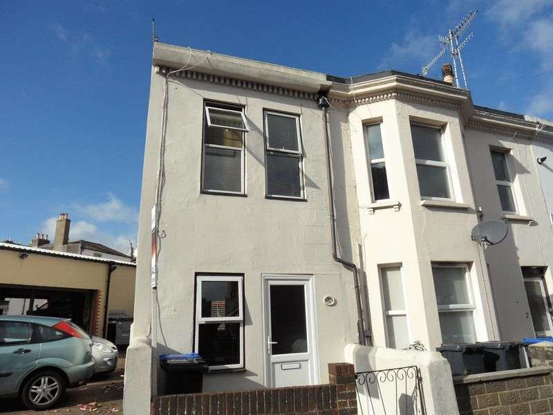 2 Bedrooms Terraced House for sale in Cobden Road, Worthing