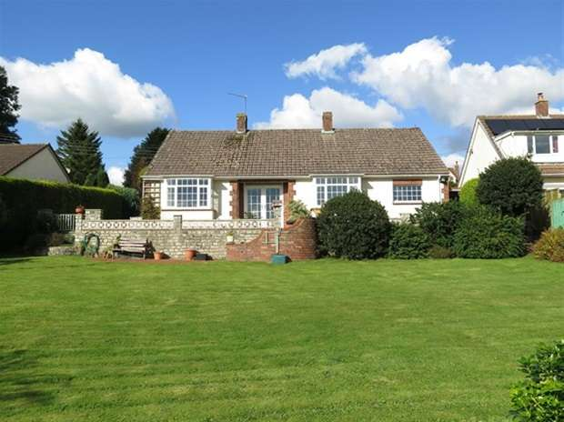 2 Bedrooms Detached Bungalow for sale in Cameley Road, Temple Cloud, Bristol