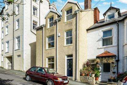 4 Bedrooms Semi Detached House for sale in Old Road, Llandudno, Conwy, ., LL30
