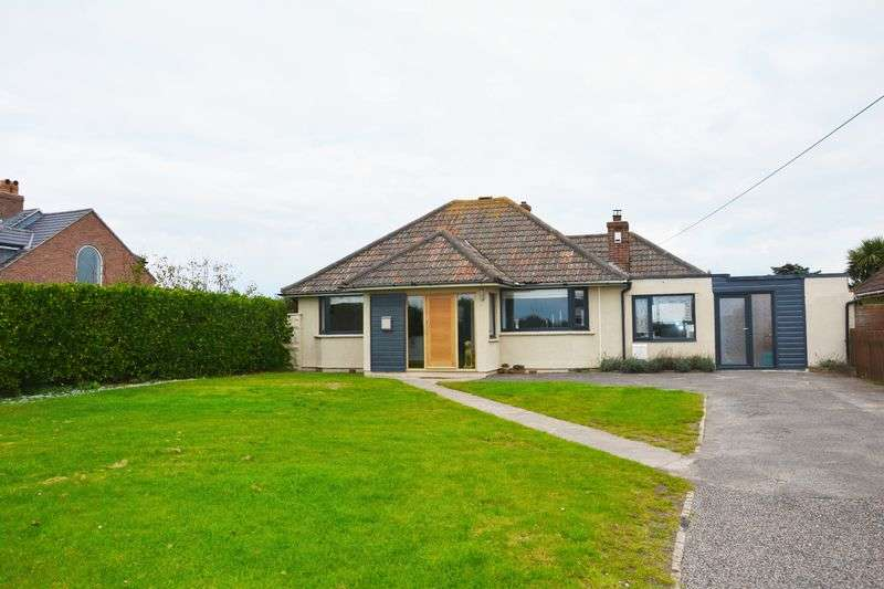 2 Bedrooms Detached Bungalow for sale in Beach Road, Weston-Super-Mare