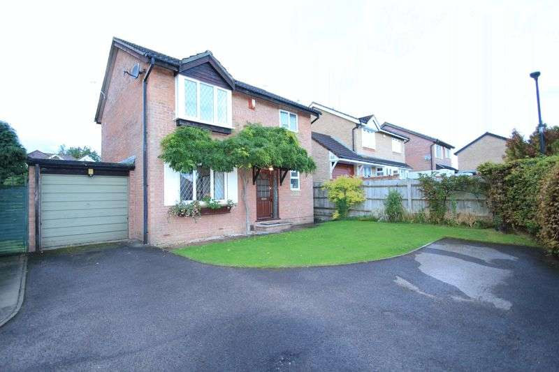 3 Bedrooms Detached House for sale in Isleys Court Longwell Green Bristol