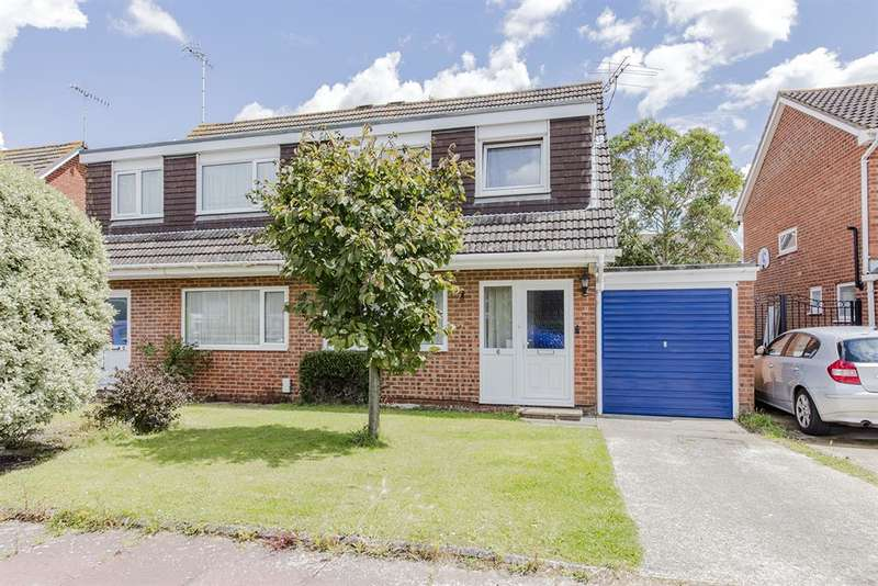3 Bedrooms Semi Detached House for sale in Toronto Close, Durrington, Worthing, BN13 2TD