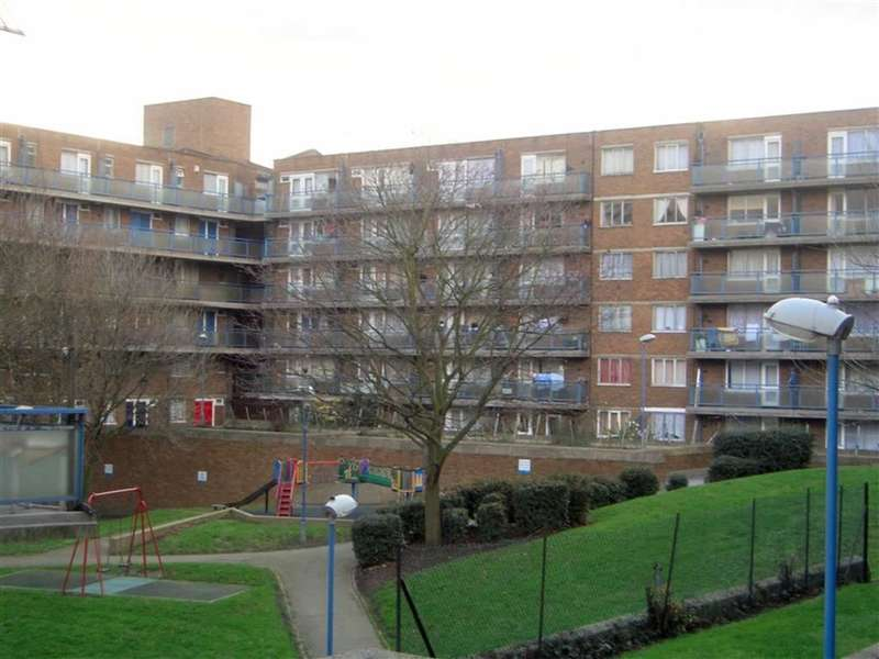 1 Bedroom Property for sale in Layard Square, Drummond Road, London