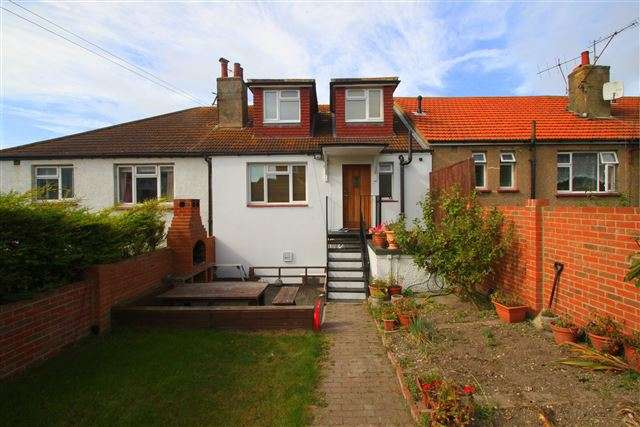 3 Bedrooms Maisonette Flat for sale in The Broadway, Brighton, East Sussex, BN2 5NF