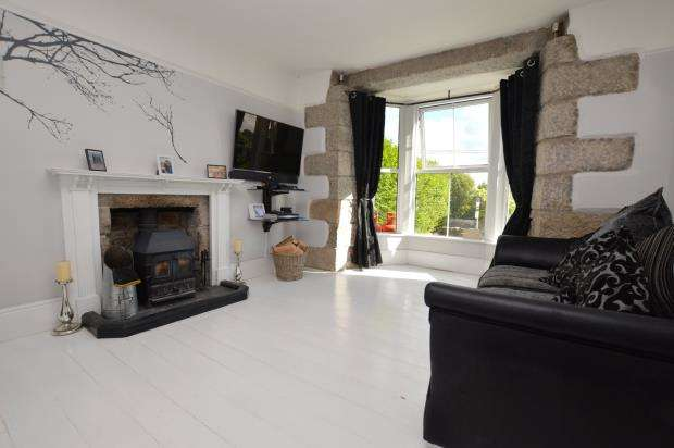 3 Bedrooms Terraced House for sale in Carnkie, Helston, Cornwall