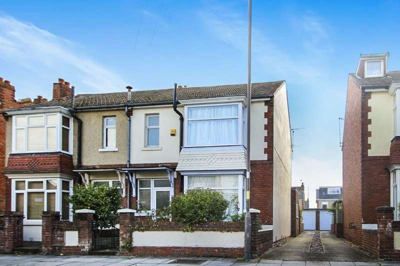 3 Bedrooms Semi Detached House for sale in Stubbington Avenue, Portsmouth, PO2