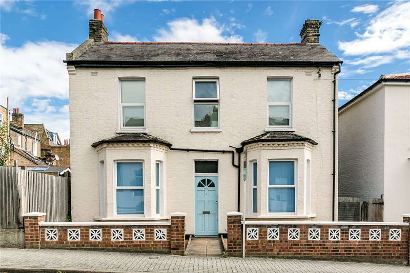 3 Bedrooms House for sale in Balham Grove, London, SW12