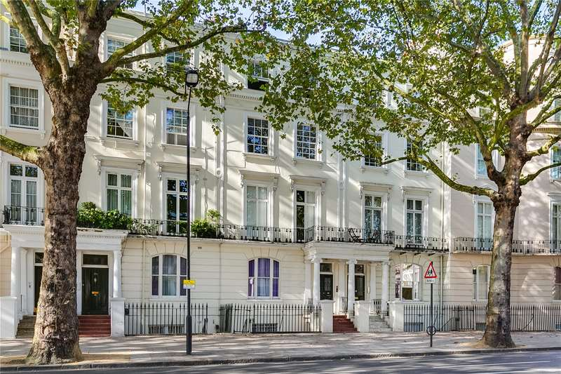 2 Bedrooms Ground Flat for sale in Holland Park Avenue, London, W11
