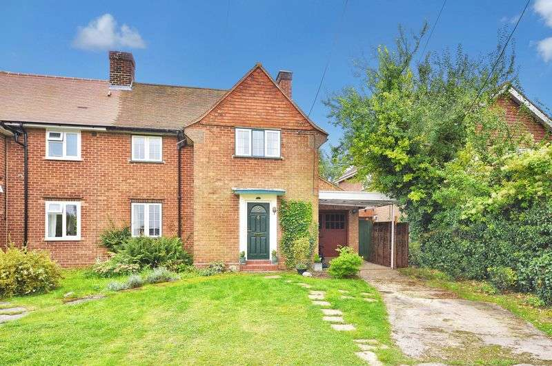 3 Bedrooms Semi Detached House for sale in Bledlow