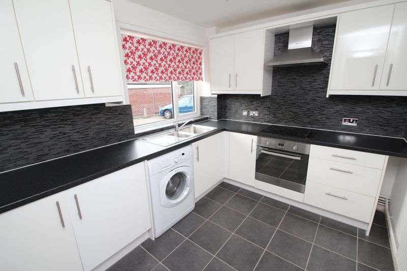 2 Bedrooms Flat for sale in Brunswick Road, Norwich