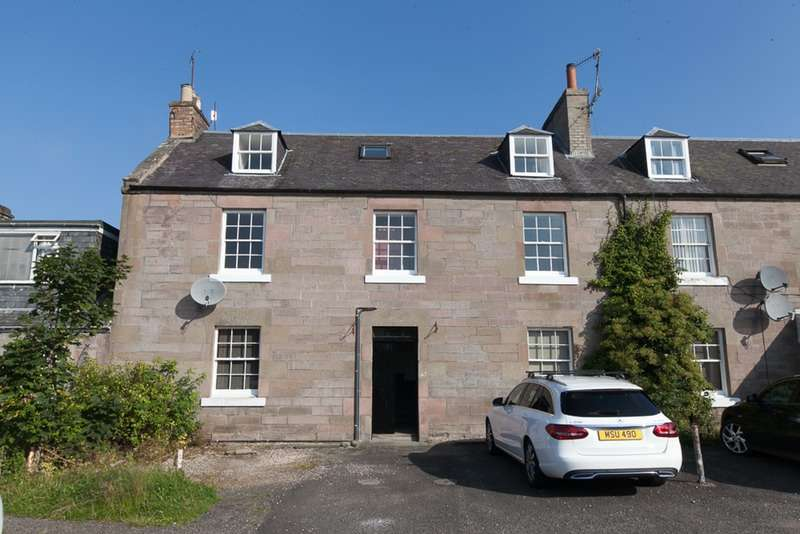 3 Bedrooms Maisonette Flat for sale in The Square, Perth, Perth and Kinross, PH1