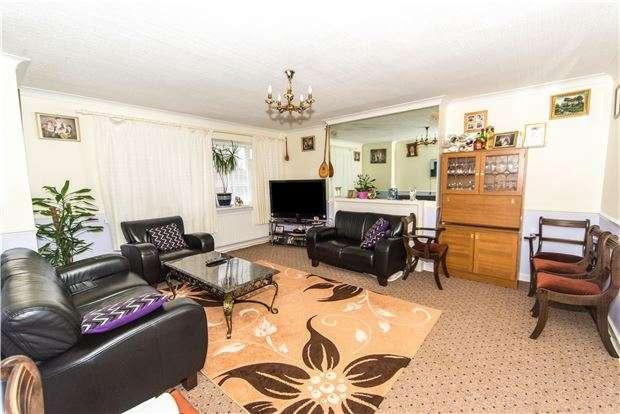 2 Bedrooms Flat for sale in Salmon Street, KINGSBURY, NW9 8NE