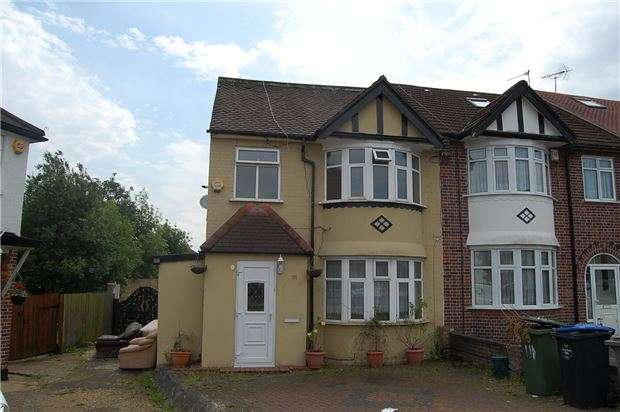 3 Bedrooms End Of Terrace House for sale in Church Drive, KINGSBURY, NW9 8DP