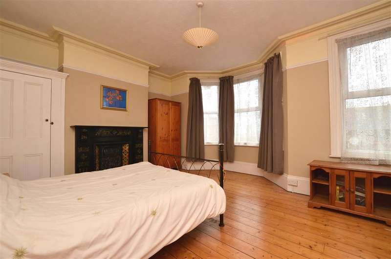 4 Bedrooms End Of Terrace House for sale in Picton Road, Ramsgate, Kent