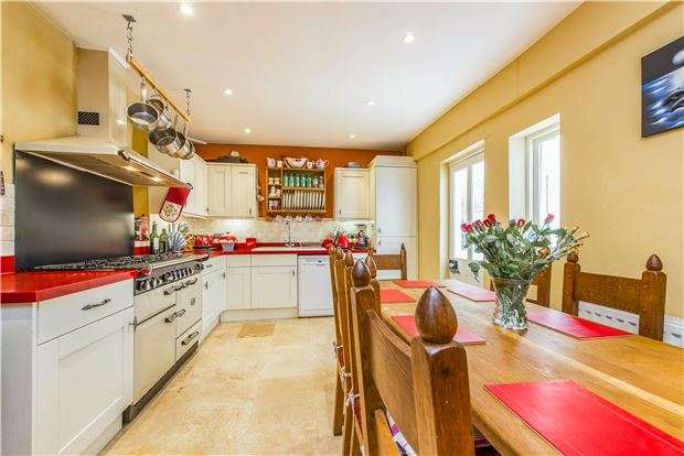 4 Bedrooms End Of Terrace House for sale in Wells Road, BA2