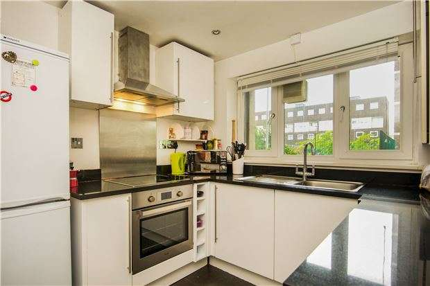 3 Bedrooms Maisonette Flat for sale in Arabella Drive, Putney, LONDON, SW15