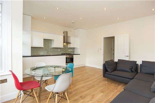 2 Bedrooms Flat for sale in Lower Richmond Road, Putney, LONDON, SW15