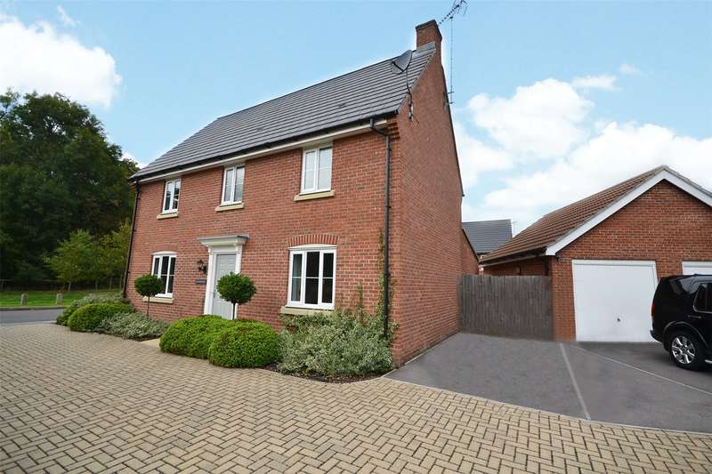 4 Bedrooms Detached House for sale in Hewett Lea, Bracknell, Berkshire, RG12