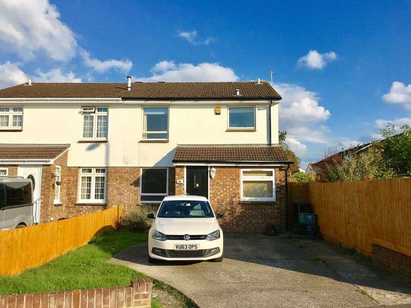 3 Bedrooms Semi Detached House for sale in Becket Road, Worle, Weston-Super-Mare