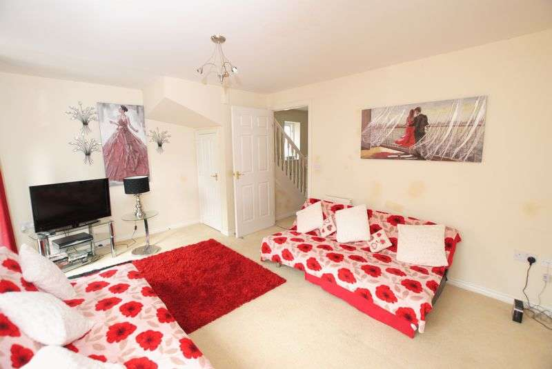 3 Bedrooms Semi Detached House for sale in Meadow Drive, Saltash