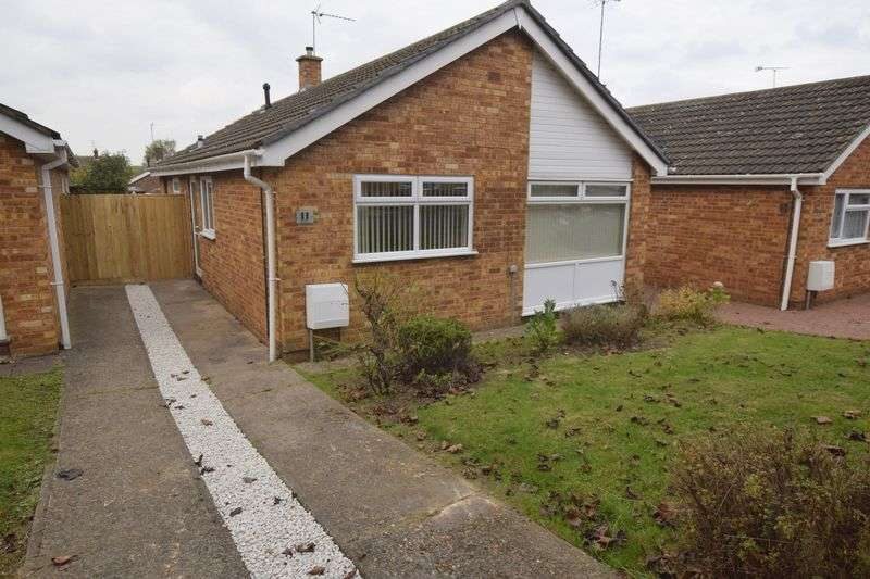 3 Bedrooms Detached Bungalow for sale in Spenlows Road, Bletchley, Milton Keynes