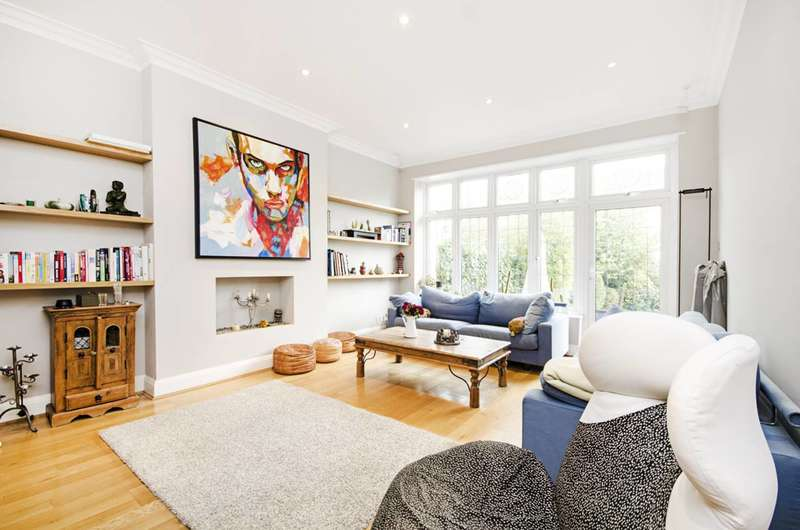 5 Bedrooms House for sale in Hodford Road, Golders Green, NW11