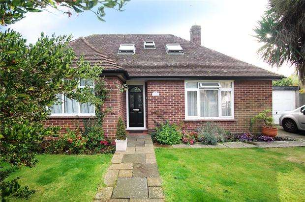 3 Bedrooms Detached Bungalow for sale in Homelands Avenue, Angmering-On-Sea, East Preston, West Sussex, BN16