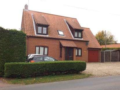 3 Bedrooms Detached House for sale in Whinburgh, Dereham, Norfolk