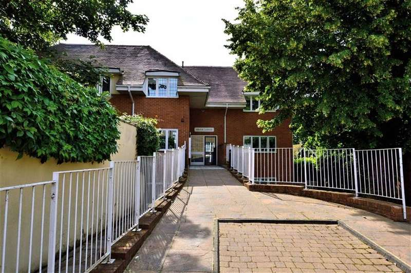 1 Bedroom Property for sale in High Road, Ongar
