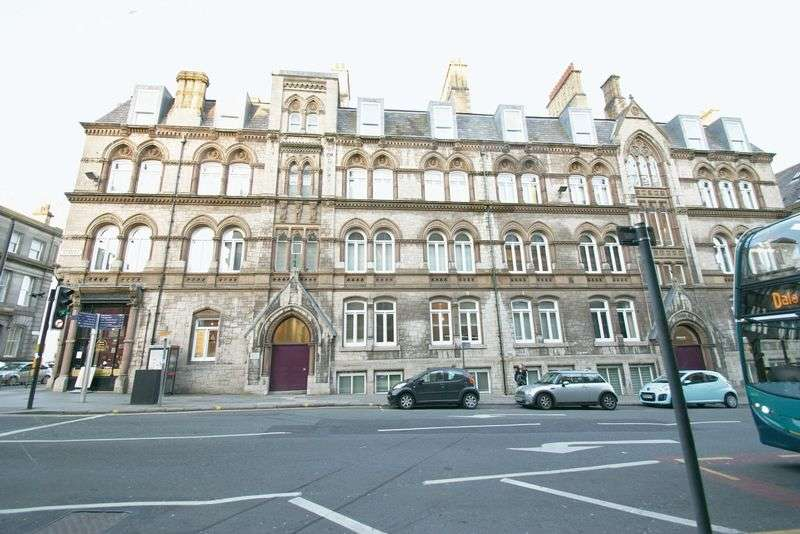 2 Bedrooms Flat for sale in Crosshall Street, Liverpool