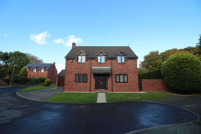 4 Bedrooms Detached House for sale in Oldcott Close, Worsley, Manchester, M28