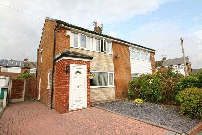 3 Bedrooms Semi Detached House for sale in Langley Drive Boothstown Worsley