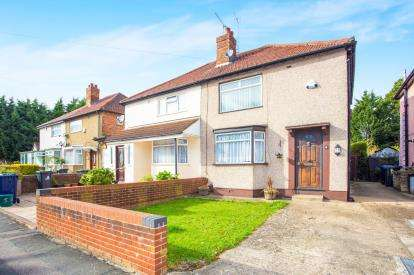 3 Bedrooms House for sale in Killowen Avenue, Northolt, Middlesex, England