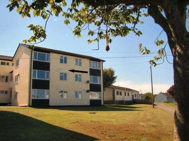 3 Bedrooms Maisonette Flat for sale in Trevorder Road, Torpoint