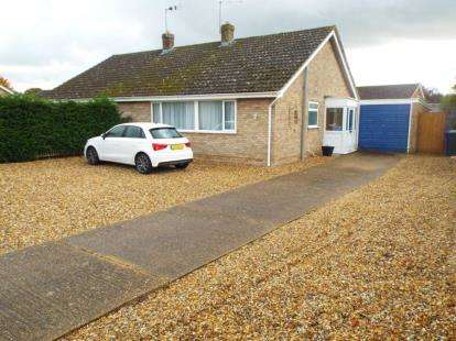 2 Bedrooms Bungalow for sale in Red Lodge, Bury St. Edmunds, Suffolk