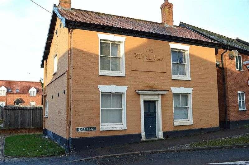 1 Bedroom Flat for sale in Hall Lane Hingham
