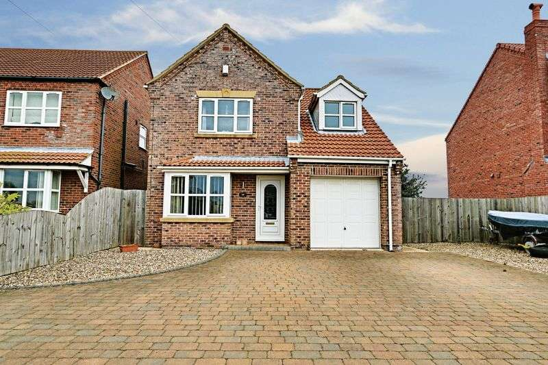 3 Bedrooms Detached House for sale in Pitt Lane, Ryehill