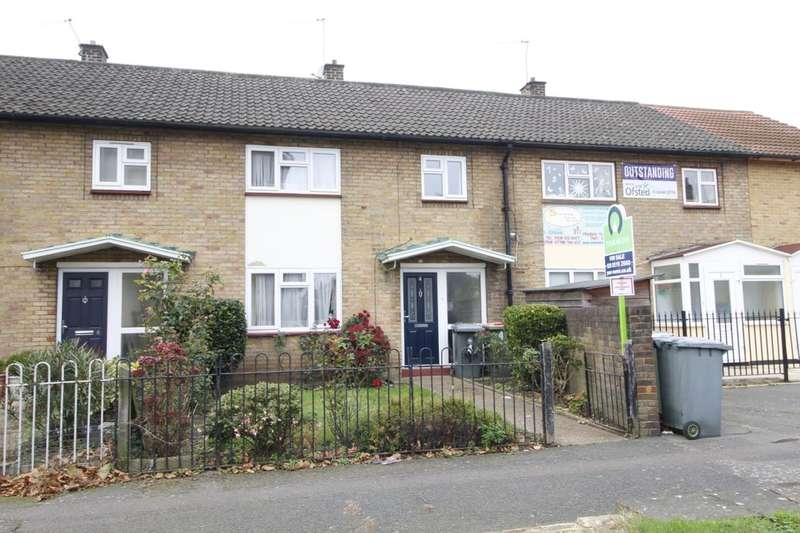 3 Bedrooms Property for sale in Thorogood Gardens, London, E15