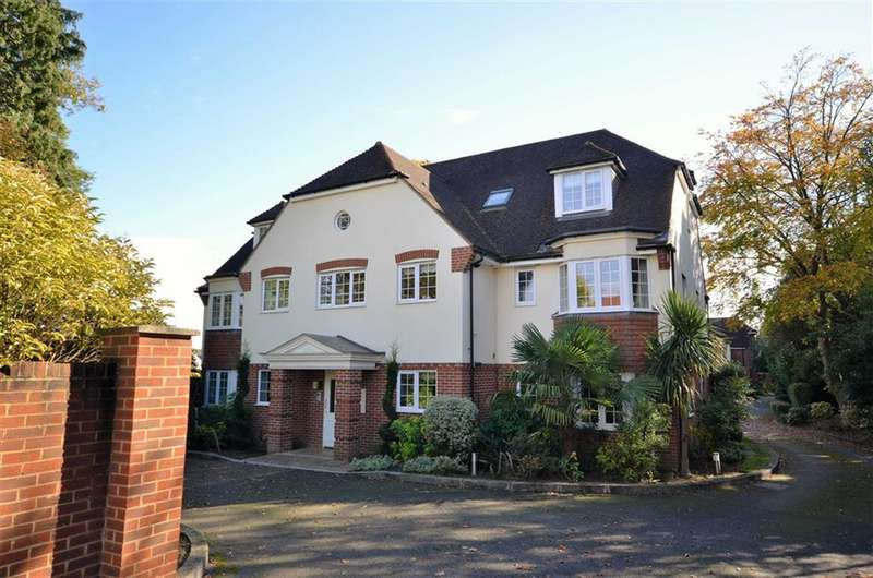 2 Bedrooms Property for sale in Edenwood Heights, Farnham