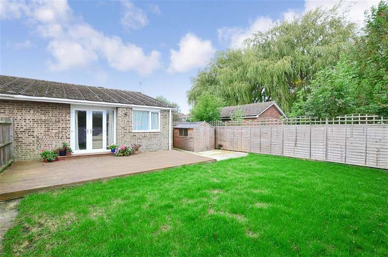 2 Bedrooms Semi Detached Bungalow for sale in Nightingale Avenue, Hythe, Kent