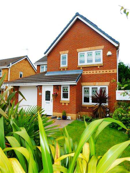 4 Bedrooms Detached House for sale in Chadwick Way, Kirkby