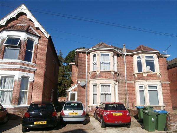 7 Bedrooms Semi Detached House for rent in Gordon Avenue, No admin fee on this property, Southampton