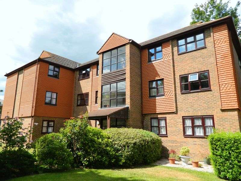 1 Bedroom Flat for sale in Springwell Road, Tonbridge