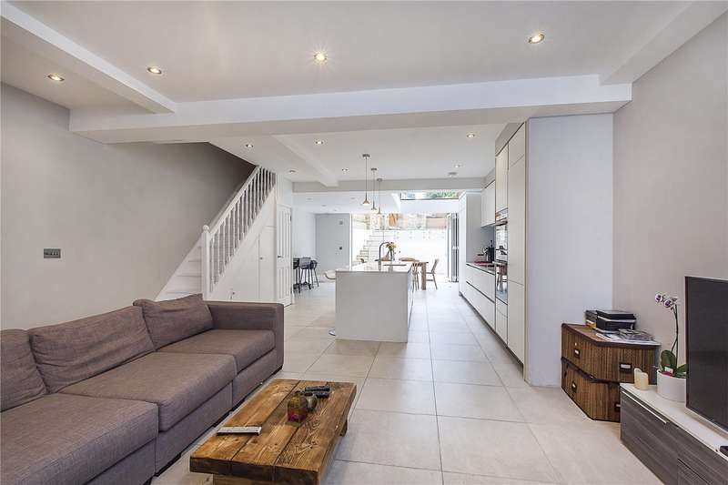 4 Bedrooms House for sale in Moore Park Road, Fulham, London, SW6